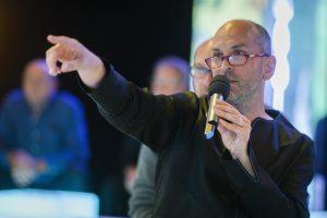 Patrick Lynen mit Mikrofon
